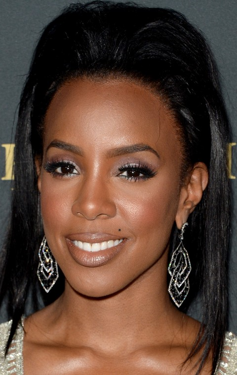Kelly Rowland Hairstyles: Modern Teased Hairstyle