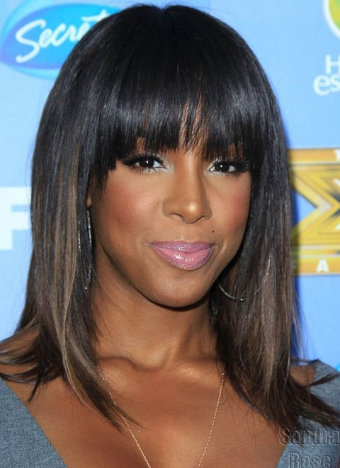 Kelly Rowland Hairstyles: Ombre Medium Haircut with Wispy Bangs