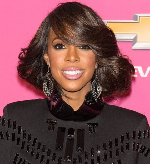 Kelly Rowland Hairstyles: Super-chic Medium Wavy Hairstyle