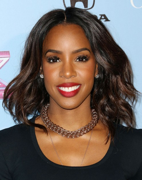 Kelly Rowland Medium Hairstyles 2014: Loose Waves