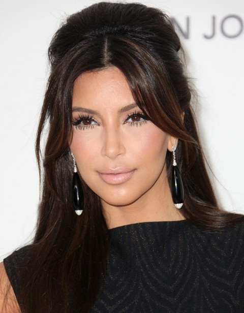 Kim Kardashian Hairstyles: Gorgeous Long Straight Haircut