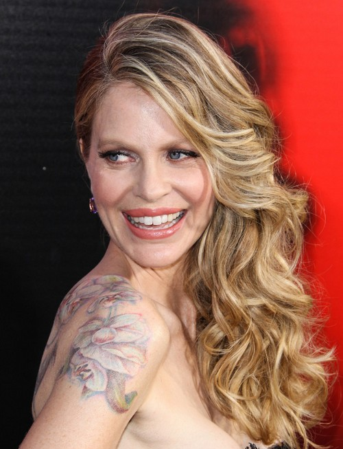Kristin Bauer Long Hairstyles: Curly Hairstyles for Women Over 40