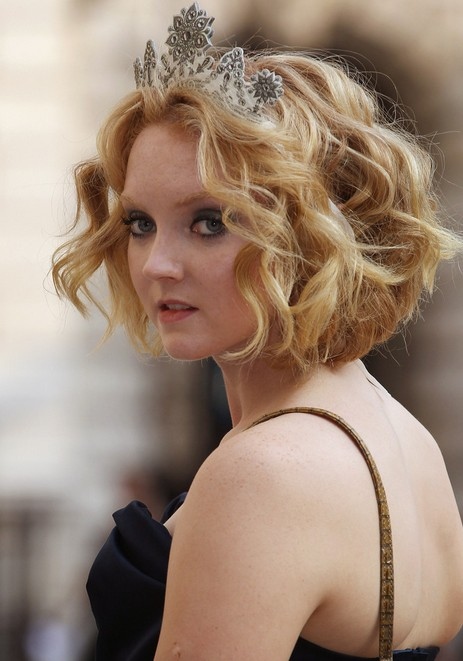 Lily Cole Short Blonde Curly Bob - Short Hairstyle for
