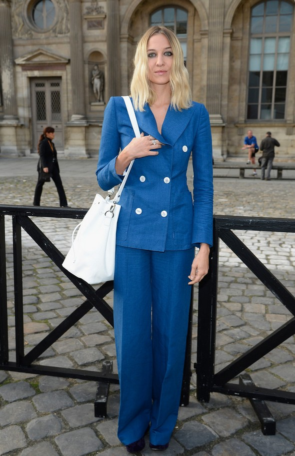 Luisa Orsini Simple Blue Pantsuit with White Buttons