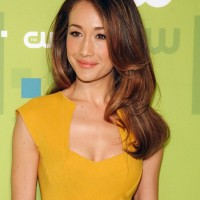 Maggie Q Hairstyles:Classy Curly Hair
