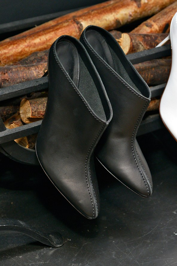 Manolo Blahnik Black Shoes for Spring