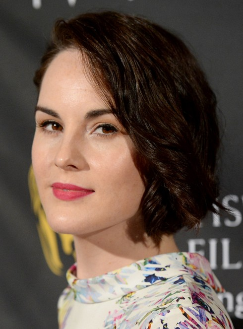Michelle Dockery's Short Hairstyles: Easy Curly Haircut