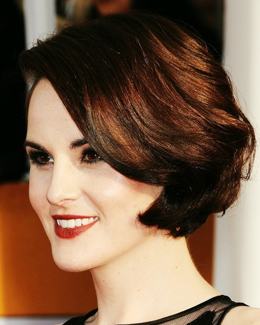 Michelle Dockery's Short Hairstyles: Wavy Bob
