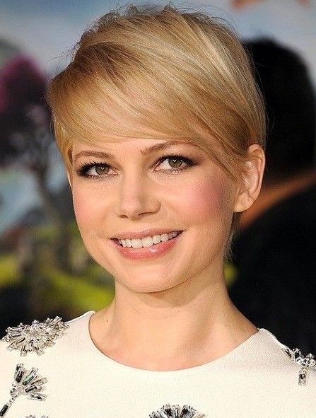 Michelle Williams' Short Haircuts: Pixie Haircut for Fine Hair