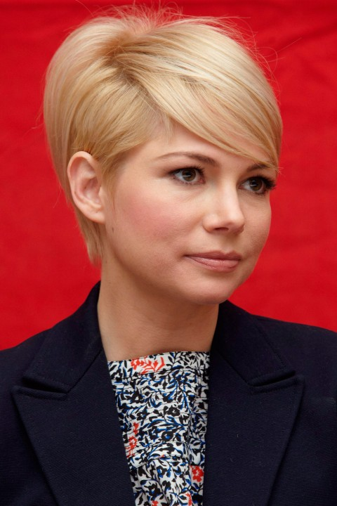 Michelle-Williams' short hairstyle