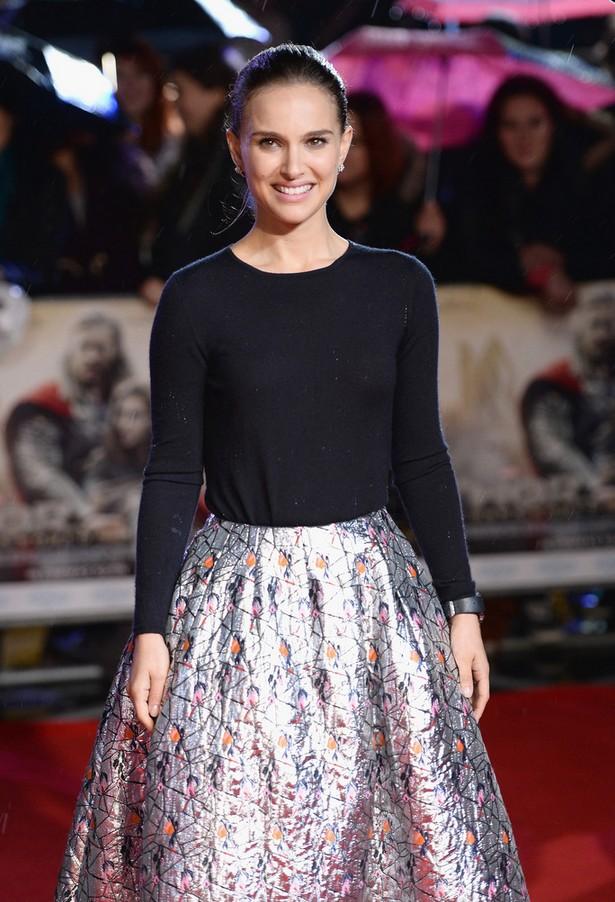 Natalie Portman Black Crewneck Sweater with a Metallic Skirt by Dior