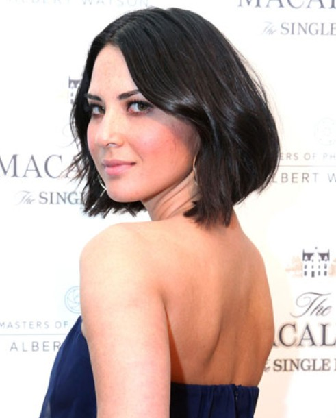Olivia Munn Hairstyle: Short Bob for the Dress