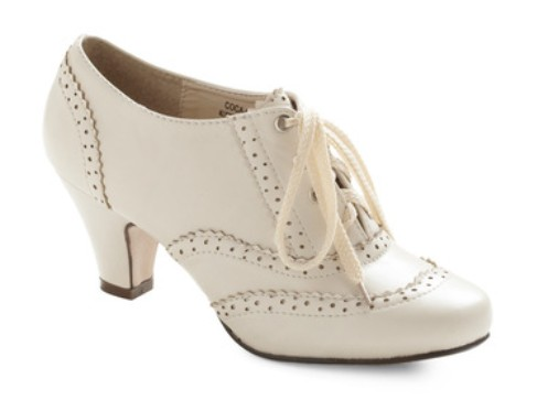 Oxford Heels in Ivory