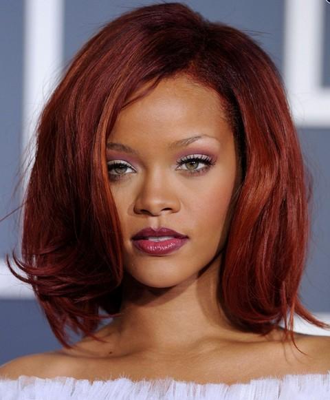 Rihanna Hairstyles: Seductive Mid-length Bob for Women