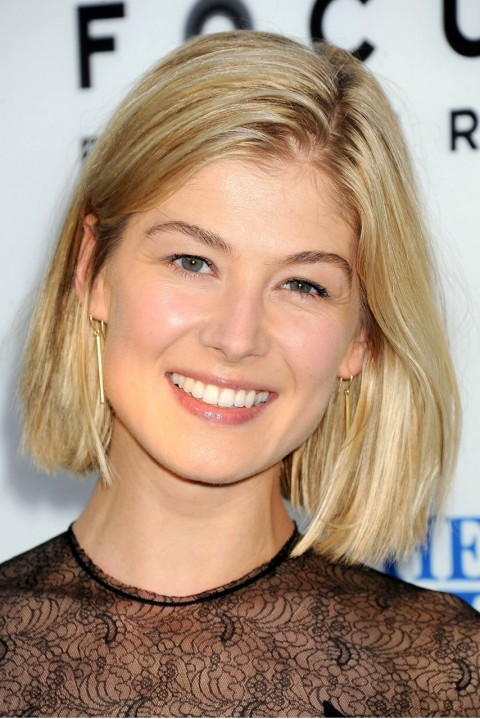 Rosamund-Pike's short hairstyles