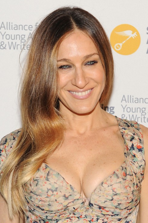 Sarah Jessica Parker Long Hair style: 2014 Side Parted Waves