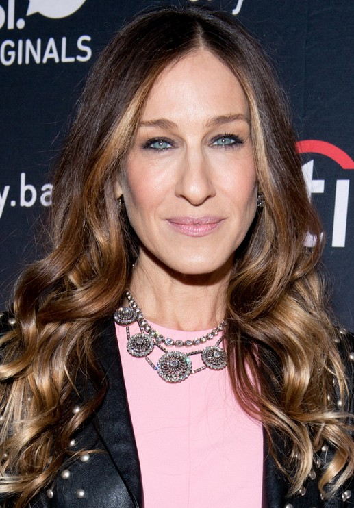 Sarah Jessica Parker Long Hairstyles: 2014 Wavy Haircut with Side Parting