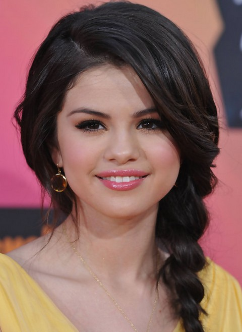 Selena Gomez Hairstyles: Faddish Braided Hairstyle for Romantic Women