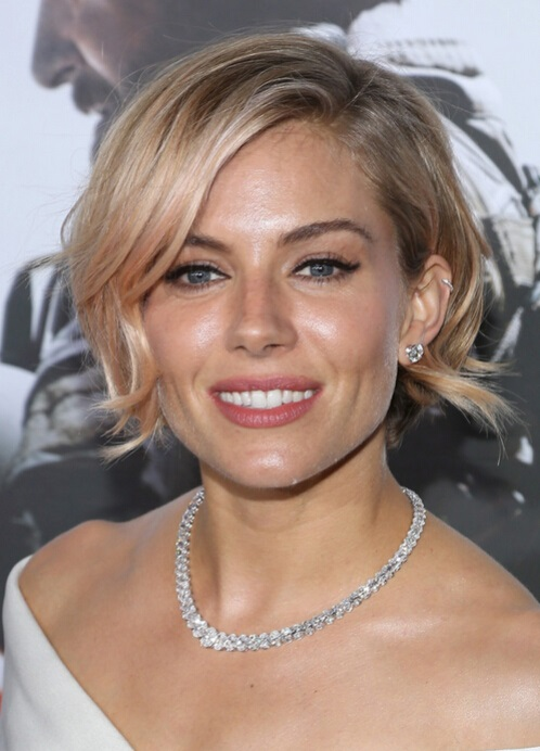 Sienna Miller Short Soft Wavy Hairstyle with Side Bangs
