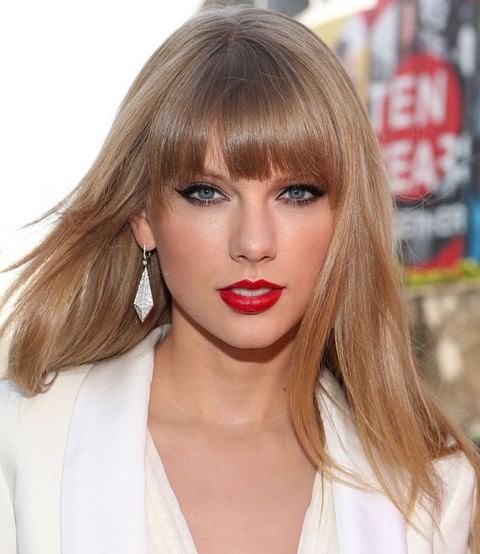 Taylor Swift Hairstyles: Sassy Straight Haircut with Bangs