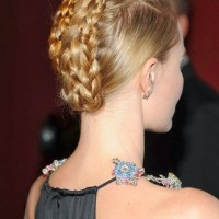The elegant Braided Topknot - Braided Updo