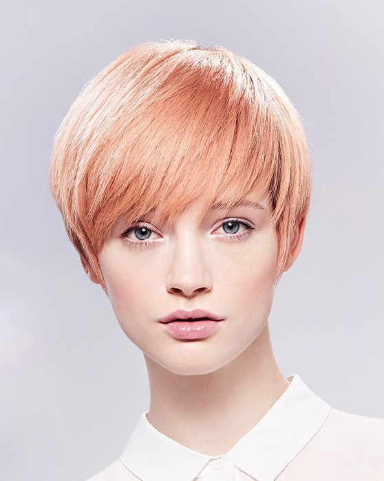 Wella-Short-Blonde-straight-hairstyles