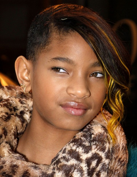 Willow Smith Hairstyles: Short Emo Haircut with Bangs