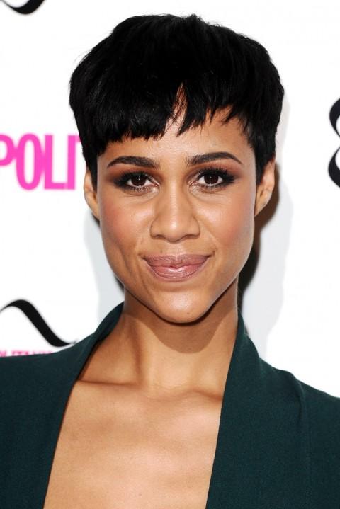 Zowe-Ashton's short hairstyles