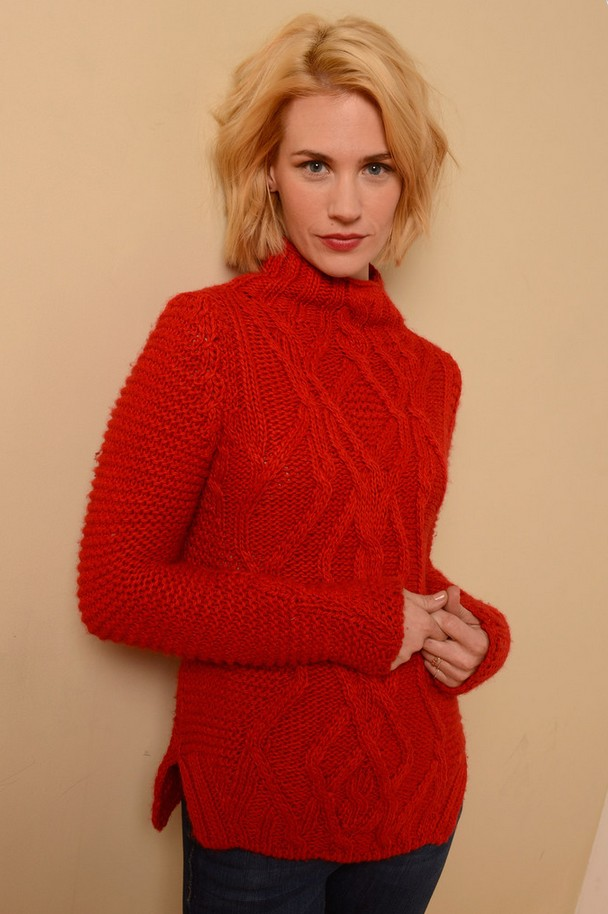 17 Chic and Classic Turtleneck Sweaters for This Season - Pretty ...