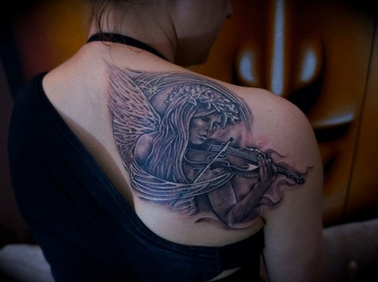 Angel Tattoos Designs: Angel Tattoo on Shoulder