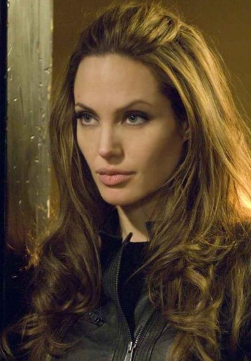 Angelina Jolie Long Hairstyle: Curls without Bangs