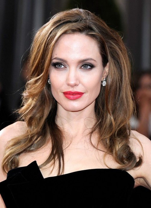 Angelina Jolie Long Hairstyle: Soft Curls
