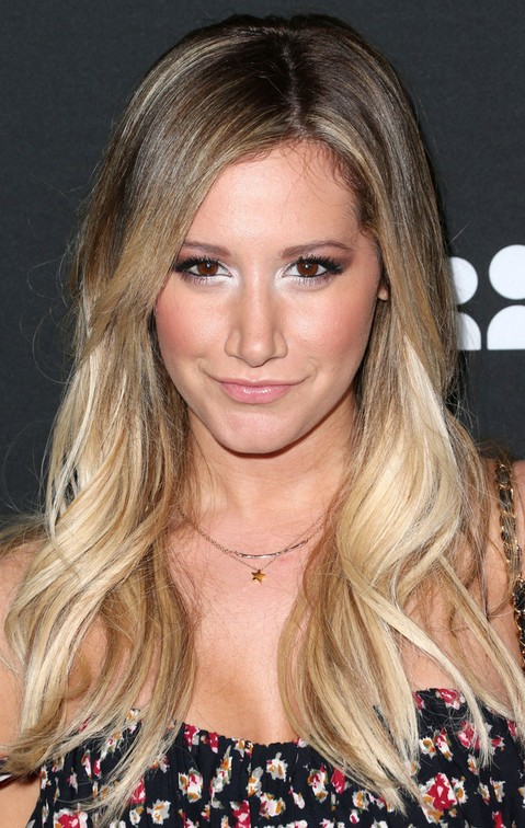 Ashley Tisdale Long Hairstyle: Subtle Wavy Hair
