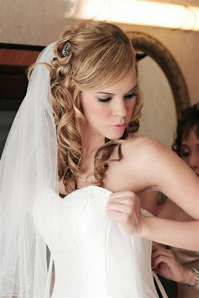 Romantic curly wedding hairstyles