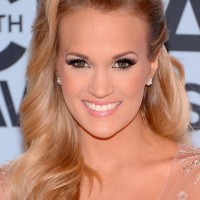 Carrie Underwood Long Hair style: 2014 Half Up Half Down with Deep Side
