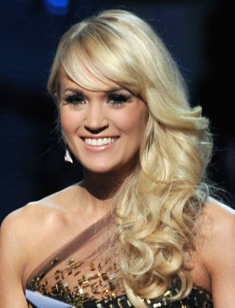 Carrie Underwood Long Hairstyle: Curly Side Sweep - Pretty ...