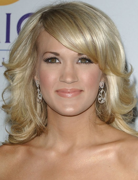 Carrie Underwood Medium Hairstyle: Sunny-kiss Curls