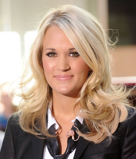 Carrie Underwood Medium Length Hairstyle: Flip Curls