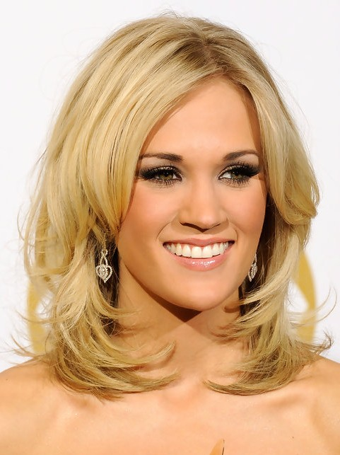 Awe Inspiring Carrie Underwood Medium Length Hairstyle Layered Hair Pretty Short Hairstyles For Black Women Fulllsitofus