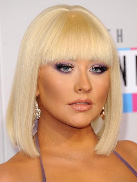 Christina Aguilera Hairstyles: 2014 Adorable Mid-length Bob