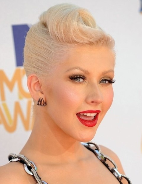 Christina Aguilera Hairstyles: Brilliant Updo