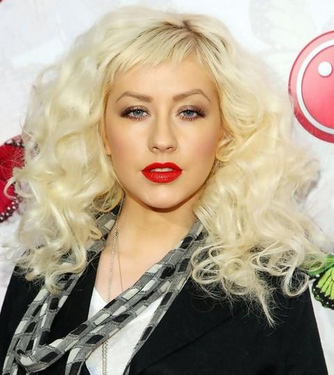 Christina Aguilera Hairstyles: Voluminous Curls