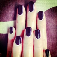 Easy Nail Design- Reverse French Manicure