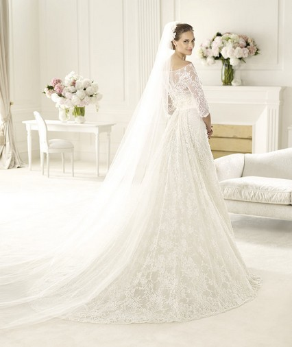 Elie Saab – Wedding Gowns 2014 long flowing lace tulle wedding dress with straight neckline