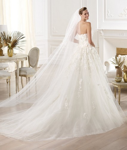 Elie Saab – Wedding Gowns 2014 long flowing strapless lace tulle wedding dress