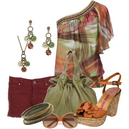 Ethnic Print One-shoulder Top Outfit for a Beach Look