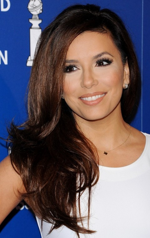 Eva Longoria Hairstyles Stylish Side swept Hairstyle