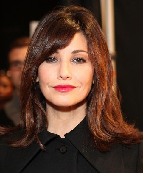 Gina Gershon Hairstyles: Medium Straight Haircut