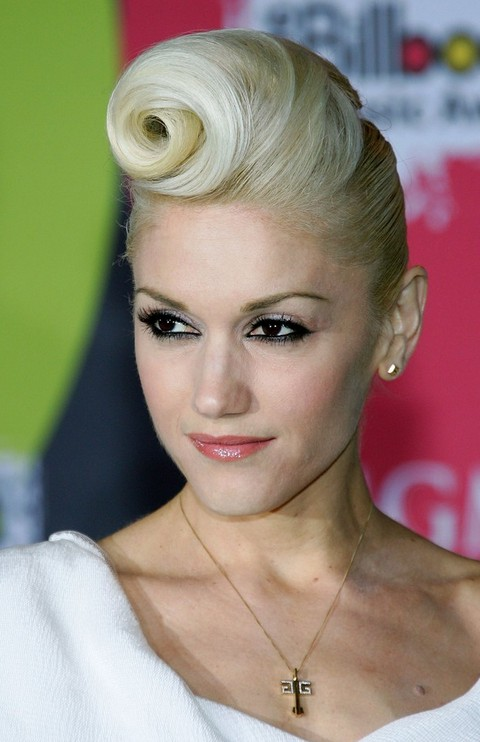Gwen Stefani Long Hairstyle: Featured Bangs
