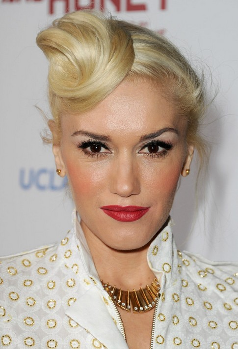 Gwen Stefani Long Hairstyle: Featured Bun